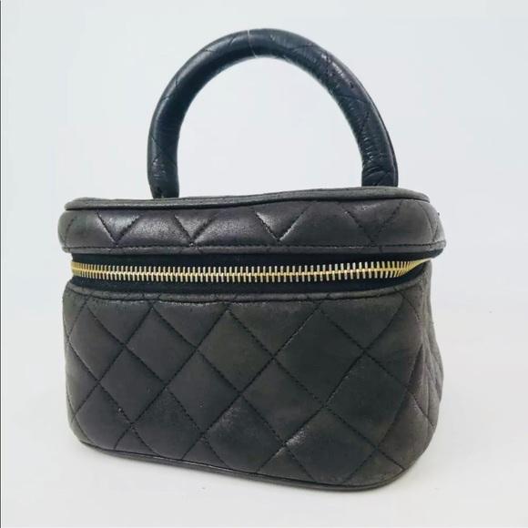 Auth Chanel Vintage Vanity Clutch Bag 30023b117e06f